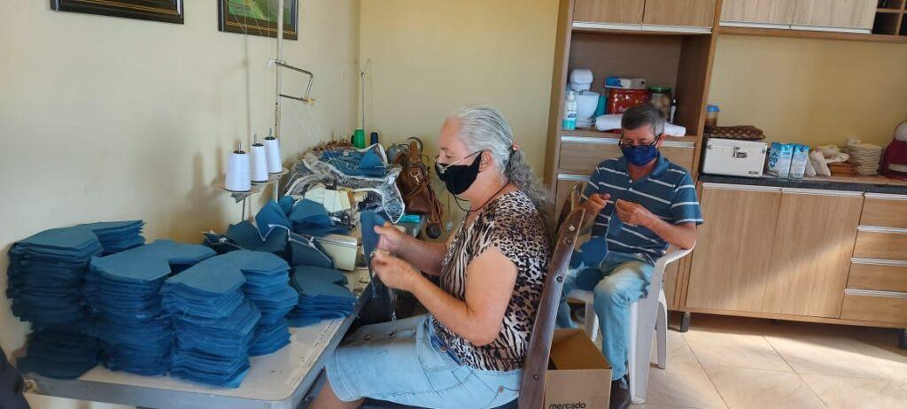 produção de máscaras em Pardinho