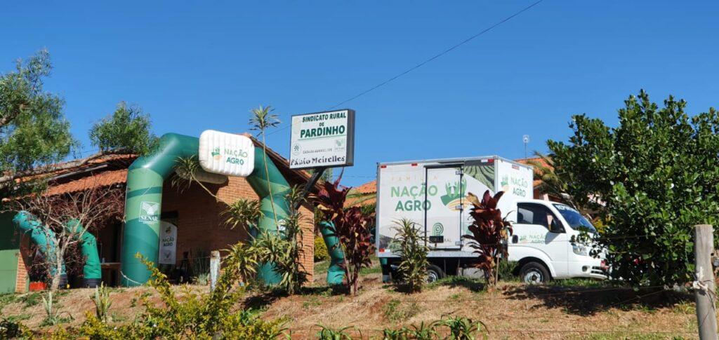 caminhão nação agro no sindicato rural de pardinho