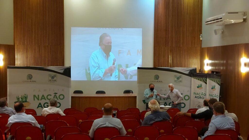 palestra sobre desafio e tendencia agro