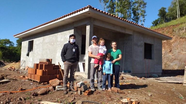 Pronaf Habitação financia mais de R$ 524 milhões em reformas e construção de casas rurais