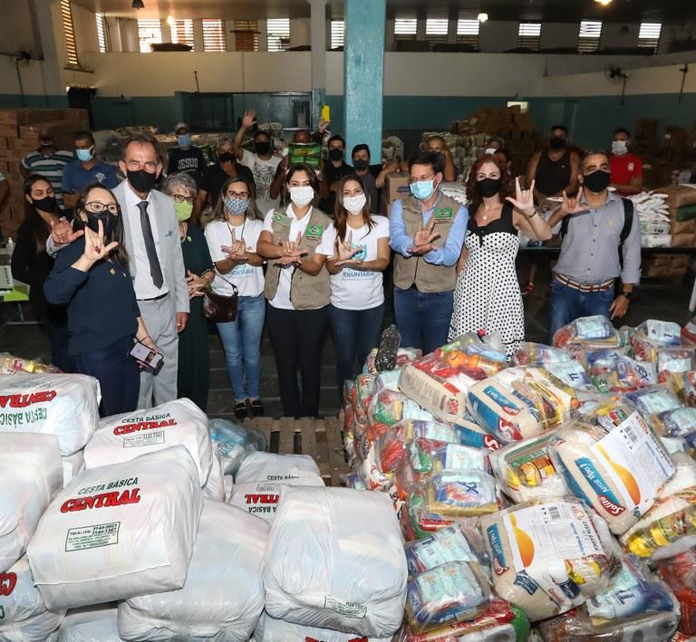 Brasil Fraterno: primeira ação do programa beneficia 7 mil famílias com entrega de alimentos
