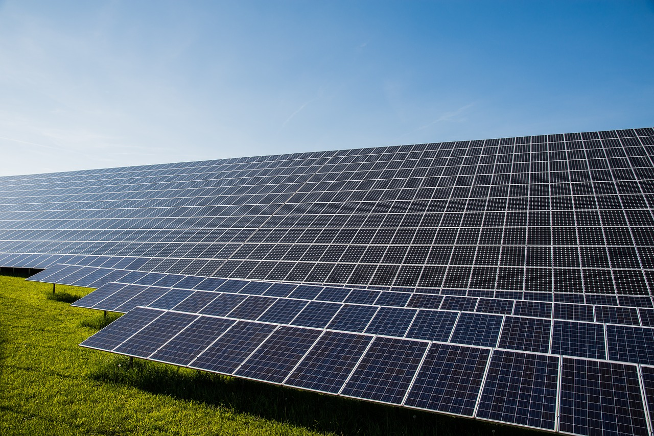 5 vantagens da energia solar aos produtores rurais