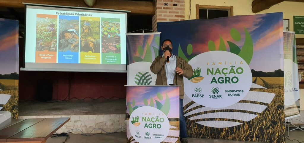 Caravana em Lavrinhas mostra caminho para agronomia sustentável