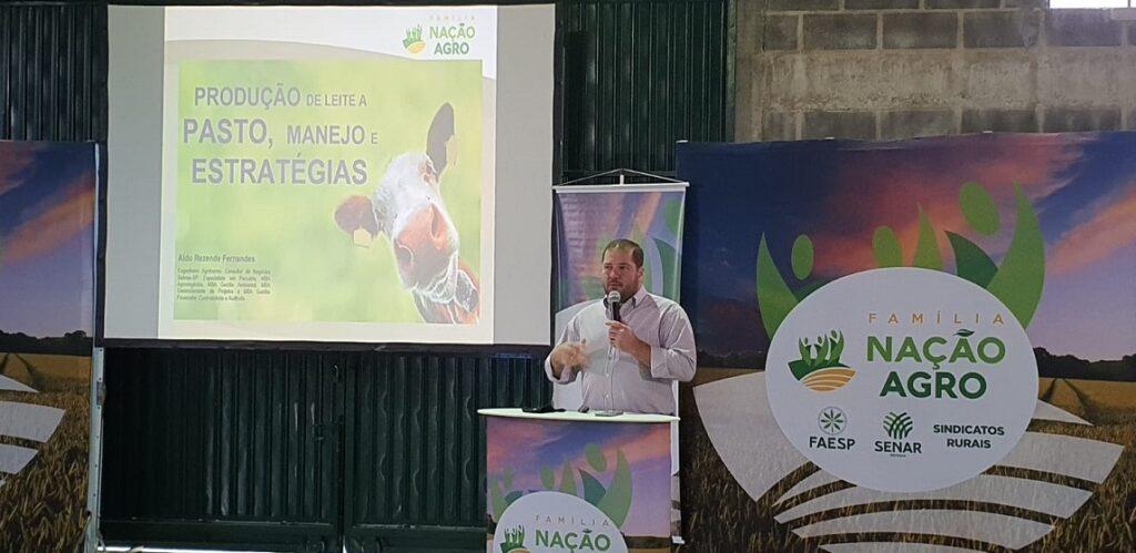 Caravana em Bananal traz dicas de manutenção de pasto para aumento de produtividade